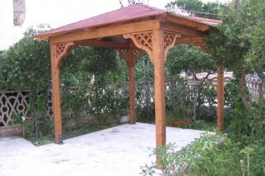 Gazebi in legno 9