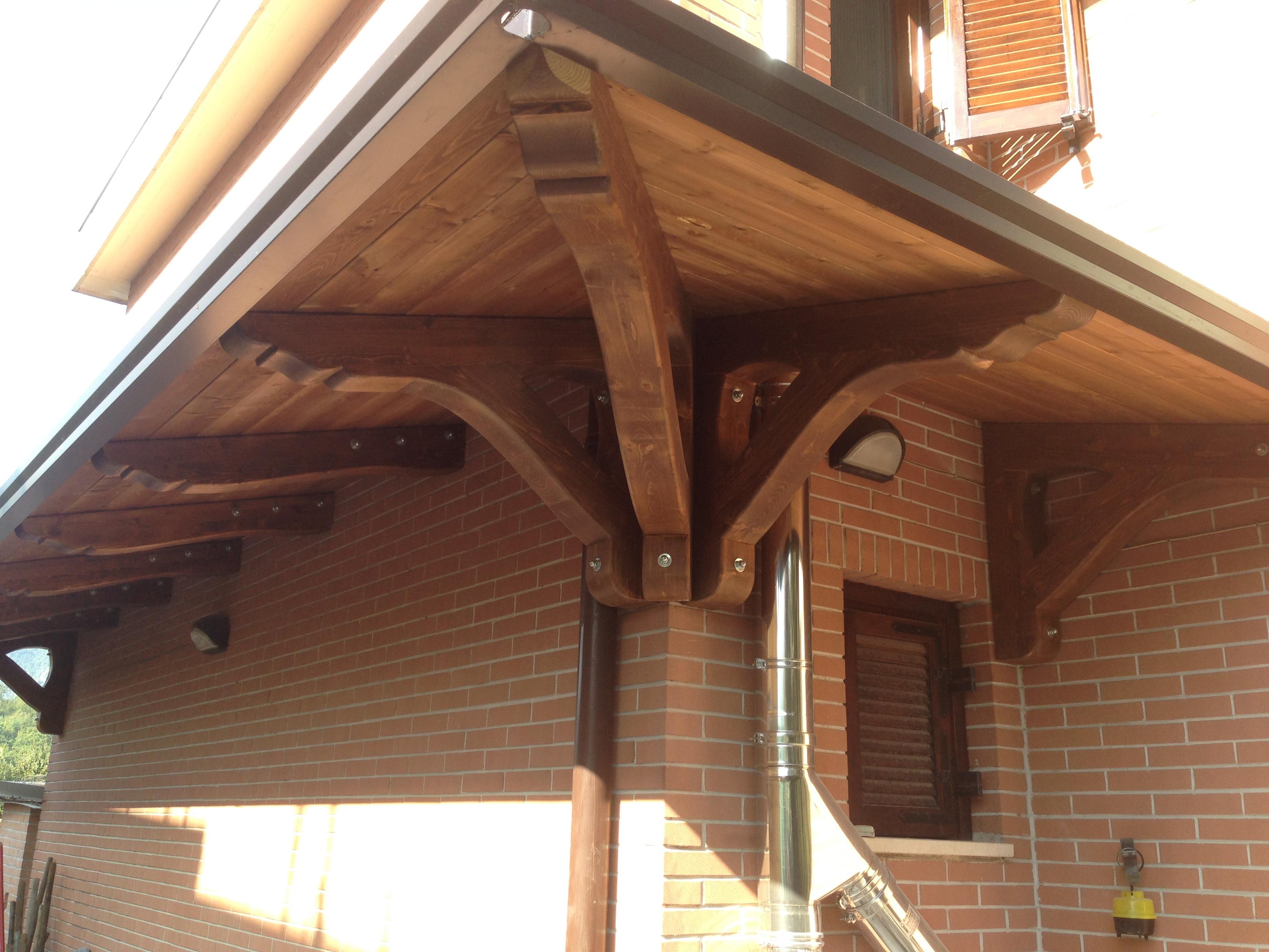 Tettoia in legno 23 dettaglio pino costruzioni group srls - Tettoie in legno ...