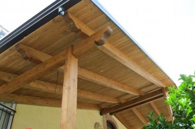 Tettoia in legno 36