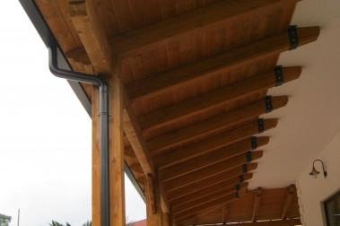 Tettoia in legno 41