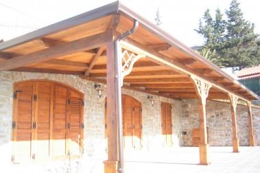 Tettoia in legno 56