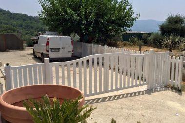 cancello in legno