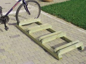 Portabici in legno