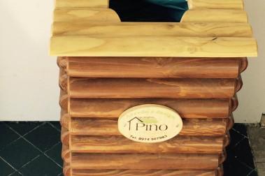 cesto in legno per raccolta differenziata