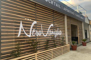 Bar in legno [Nero Vaniglia - Casal Velino (SA)]