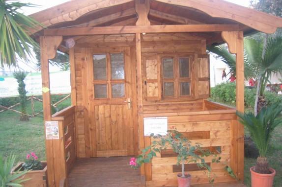 Casetta in legno 11