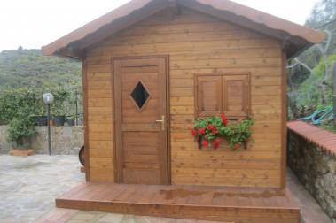 Casetta in legno 2