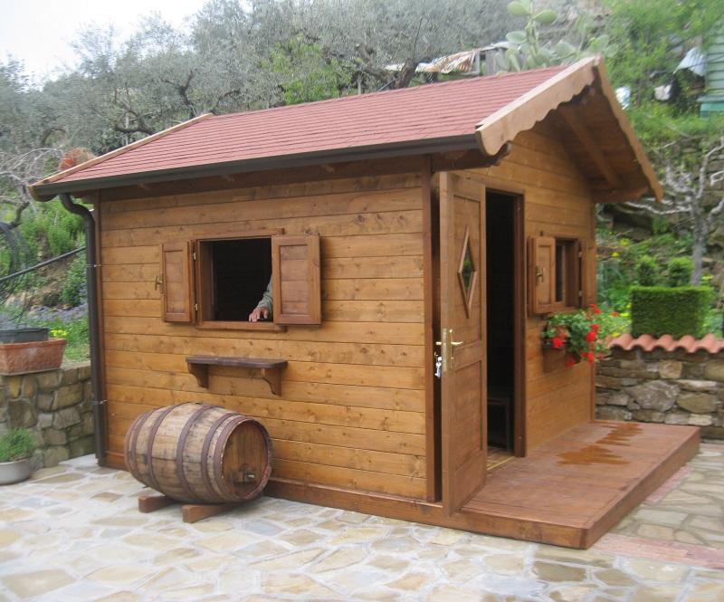 Casette in legno pino costruzioni casal velino sa loc for Arredo giardino in legno