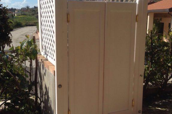 doccia box in legno